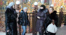 Активисты «Польского единства» провели экскурсию по Астане для преподавателя из Польши